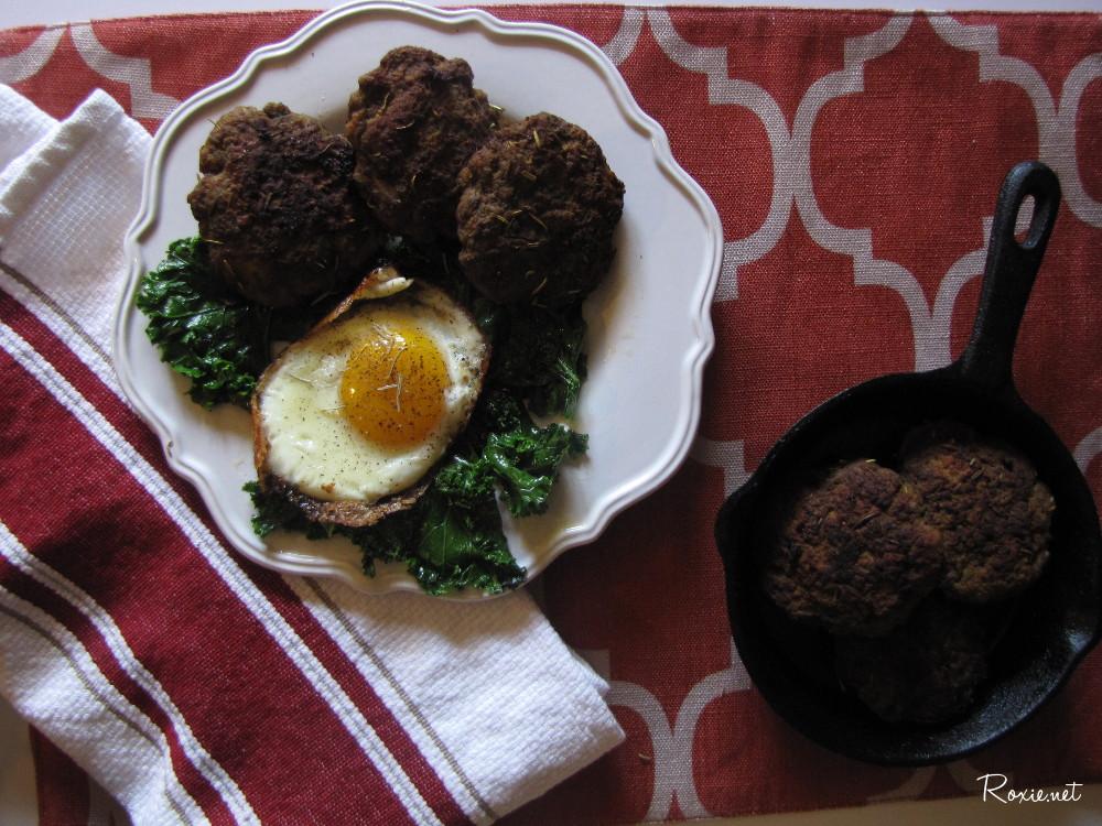 Nightshade Free Breakfast Sausage - Paleo, AIP, Clean Eating yet tasty protein packed breakfast sausage. Roxie.net